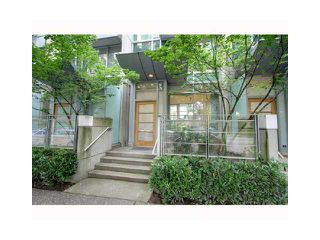 "Photo 1: 1235 ALBERNI Street in Vancouver: West End VW Townhouse for sale in ""RESIDENCES ON GEORGIA"" (Vancouver West)  : MLS®# V962549"