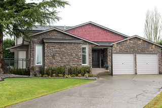 Photo 1: 19193 59A Avenue in Surrey: Cloverdale BC House for sale (Cloverdale)  : MLS®# F1228854