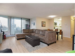 "Photo 5: 802 5790 PATTERSON Avenue in Burnaby: Metrotown Condo for sale in ""The Regent"" (Burnaby South)  : MLS®# V988077"