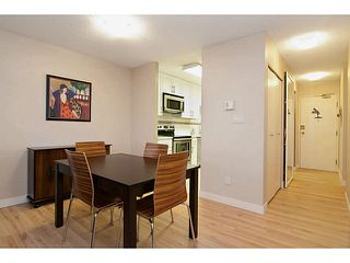 "Photo 6: 802 5790 PATTERSON Avenue in Burnaby: Metrotown Condo for sale in ""The Regent"" (Burnaby South)  : MLS®# V988077"