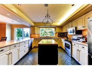 Photo 3: 950 BEND Court in Coquitlam: Harbour Chines House for sale : MLS®# V995881