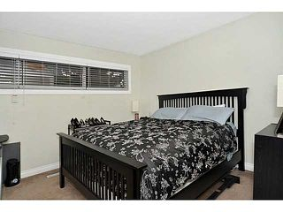 Photo 14: 553 REGAL Park NE in CALGARY: Renfrew Regal Terrace Townhouse for sale (Calgary)  : MLS®# C3570171