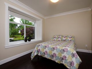 Photo 8: 1822 ISLAND AV in Vancouver: Fraserview VE House for sale (Vancouver East)  : MLS®# V1009385