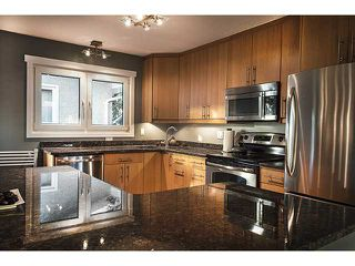 Photo 4: 356 ADAMS Crescent SE in CALGARY: Acadia Residential Detached Single Family for sale (Calgary)  : MLS®# C3577641