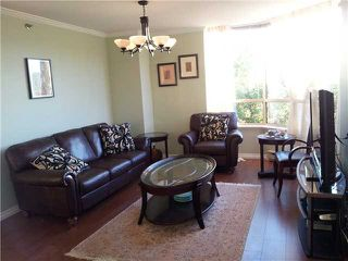 Photo 2: 302 738 FARROW Street in Coquitlam: Coquitlam West Condo for sale : MLS®# V1021819
