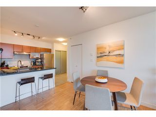 Photo 8: # 309 2520 MANITOBA ST in Vancouver: Mount Pleasant VW Condo for sale (Vancouver West)  : MLS®# V1128345