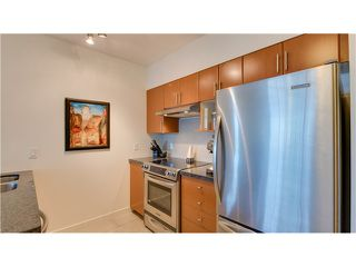 Photo 5: # 309 2520 MANITOBA ST in Vancouver: Mount Pleasant VW Condo for sale (Vancouver West)  : MLS®# V1128345