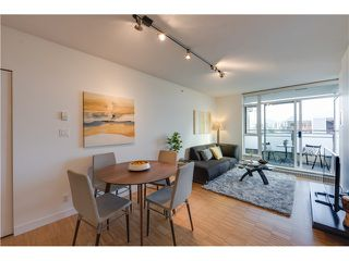 Photo 7: # 309 2520 MANITOBA ST in Vancouver: Mount Pleasant VW Condo for sale (Vancouver West)  : MLS®# V1128345