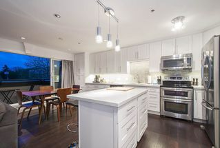 Photo 3: 402 863 W 16TH AVENUE in Vancouver: Fairview VW Condo for sale (Vancouver West)  : MLS®# R2060051