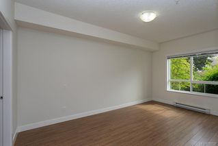 Photo 10: 104 938 Dunford Ave in VICTORIA: La Langford Proper Condo Apartment for sale (Langford)  : MLS®# 785725