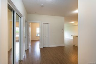 Photo 8: 104 938 Dunford Ave in VICTORIA: La Langford Proper Condo Apartment for sale (Langford)  : MLS®# 785725