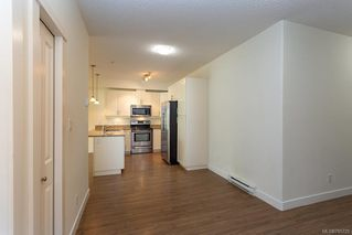 Photo 6: 104 938 Dunford Ave in VICTORIA: La Langford Proper Condo Apartment for sale (Langford)  : MLS®# 785725