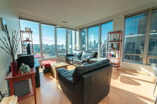 Photo 3: 1401 989 NELSON STREET in Vancouver: Downtown VW Condo for sale (Vancouver West)  : MLS®# R2305234