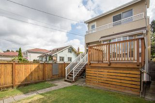 Photo 19: 1121 E 27TH Avenue in Vancouver: Knight House for sale (Vancouver East)  : MLS®# R2403428