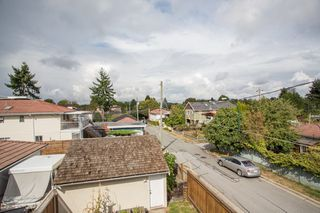 Photo 12: 1121 E 27TH Avenue in Vancouver: Knight House for sale (Vancouver East)  : MLS®# R2403428