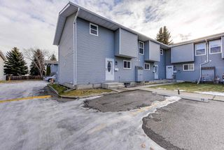 Photo 33: 12 4403 RIVERBEND Road in Edmonton: Zone 14 Townhouse for sale : MLS®# E4180793