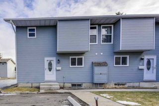 Photo 1: 12 4403 RIVERBEND Road in Edmonton: Zone 14 Townhouse for sale : MLS®# E4180793
