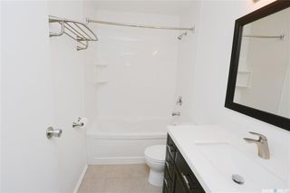 Photo 4: 299 Christopher Crescent in Saskatoon: Lakeview SA Residential for sale : MLS®# SK797298