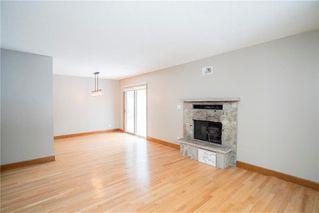 Photo 2: 910 Wicklow Place in Winnipeg: East Fort Garry Residential for sale (1J)  : MLS®# 202002161