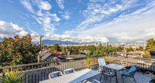 "Photo 15: 310 2125 W 2ND Avenue in Vancouver: Kitsilano Condo for sale in ""Sunny Lodge"" (Vancouver West)  : MLS®# R2447639"