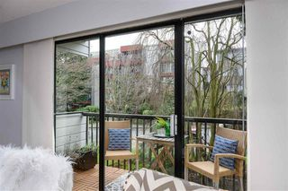 "Photo 3: 310 2125 W 2ND Avenue in Vancouver: Kitsilano Condo for sale in ""Sunny Lodge"" (Vancouver West)  : MLS®# R2447639"