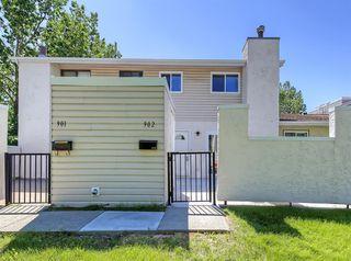 Photo 1: 902 3500 VARSITY Drive NW in Calgary: Varsity Row/Townhouse for sale : MLS®# A1014954