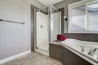 Photo 32: 1104 118A Street SW in Edmonton: Zone 55 House for sale : MLS®# E4213458