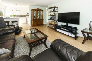Photo 4: 304 170 E 3RD STREET in North Vancouver: Lower Lonsdale Condo for sale : MLS®# R2497173