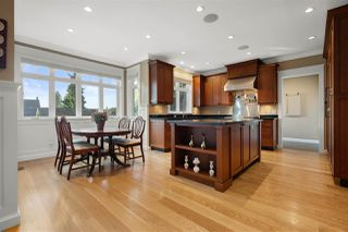 "Photo 18: 729 E 9TH Street in North Vancouver: Boulevard House for sale in ""Boulevard"" : MLS®# R2504707"