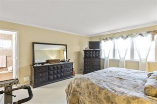 "Photo 16: 5822 122 Street in Surrey: Panorama Ridge Townhouse for sale in ""LakeBridge"" : MLS®# R2523031"
