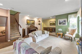 "Photo 4: 5822 122 Street in Surrey: Panorama Ridge Townhouse for sale in ""LakeBridge"" : MLS®# R2523031"