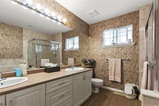 "Photo 18: 5822 122 Street in Surrey: Panorama Ridge Townhouse for sale in ""LakeBridge"" : MLS®# R2523031"