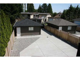 Photo 2: 6836 HERSHAM Avenue in Burnaby: Highgate House for sale (Burnaby South)  : MLS®# V951269