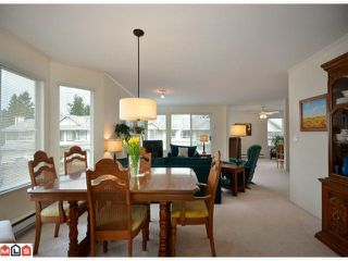 Photo 4: 40 9271 122ND Street in Surrey: Queen Mary Park Surrey Condo for sale : MLS®# F1223203