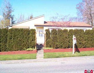 Photo 1: 19907 53RD AV in Langley: Langley City House for sale : MLS®# F2506491