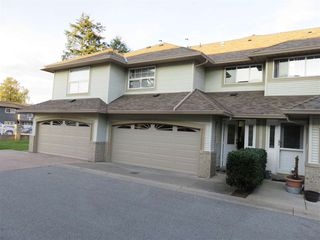 Photo 2: 24 12165 75 AVE in Surrey: West Newton Townhouse for sale : MLS®# R2011964