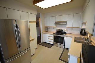 Photo 3: 701 11910 80 AVENUE in Delta: Scottsdale Condo for sale (N. Delta)  : MLS®# R2154278
