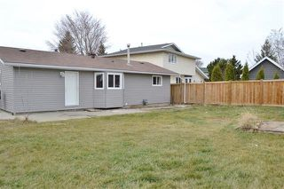 Photo 2: 220 DUNLUCE RD NW: Edmonton House for sale : MLS®# E4054042
