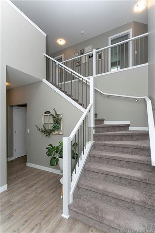 Photo 3: 35 Tory Close in Red Deer: Timber Ridge Residential for sale : MLS®# CA0178292