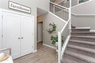 Photo 2: 35 Tory Close in Red Deer: Timber Ridge Residential for sale : MLS®# CA0178292