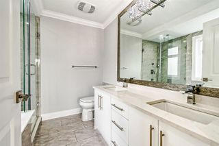 """Photo 11: 313 ELEVENTH Street in New Westminster: Uptown NW House for sale in """"Brow of the Hill"""" : MLS®# R2422557"""