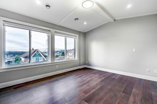 """Photo 10: 313 ELEVENTH Street in New Westminster: Uptown NW House for sale in """"Brow of the Hill"""" : MLS®# R2422557"""