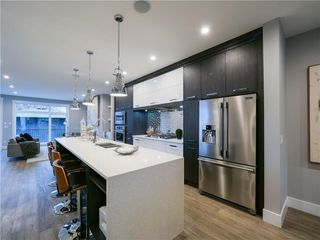 Photo 10: 1608 42 Street SW in Calgary: Rosscarrock Detached for sale : MLS®# C4280808