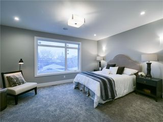 Photo 18: 1608 42 Street SW in Calgary: Rosscarrock Detached for sale : MLS®# C4280808