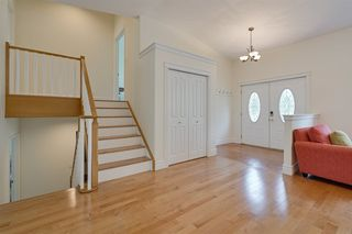 Photo 5: 14611 99 Avenue in Edmonton: Zone 10 House for sale : MLS®# E4203325