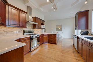 Photo 9: 14611 99 Avenue in Edmonton: Zone 10 House for sale : MLS®# E4203325
