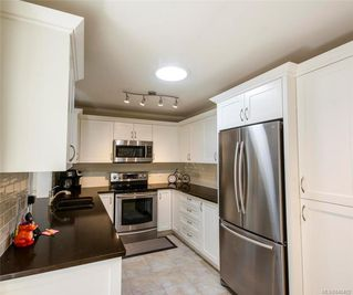 Photo 4: 857 Cecil Blogg Dr in Colwood: Co Triangle House for sale : MLS®# 840482