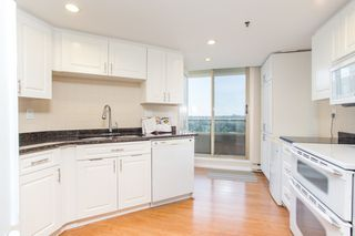 "Photo 8: 1404 738 FARROW Street in Coquitlam: Coquitlam West Condo for sale in ""THE VICTORIA"" : MLS®# R2478264"