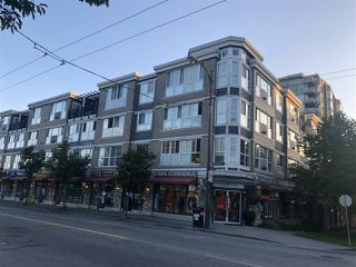 Photo 3: 308 2102 W 38TH AVENUE in Vancouver: Kerrisdale Condo for sale (Vancouver West)  : MLS®# R2480305