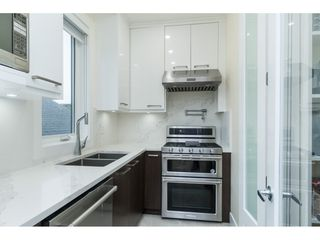 "Photo 12: 1105 JOHNSTON Road: White Rock House for sale in ""Hillside"" (South Surrey White Rock)  : MLS®# R2511145"